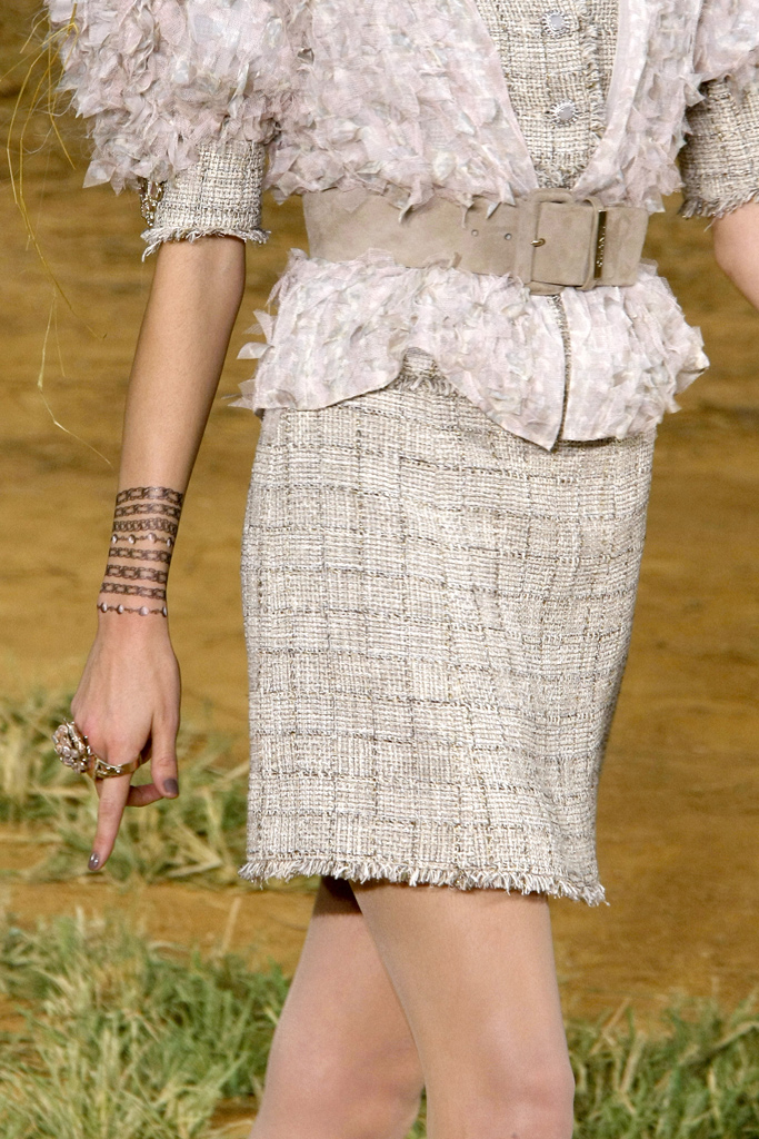 chanel beauty spring 2010 3